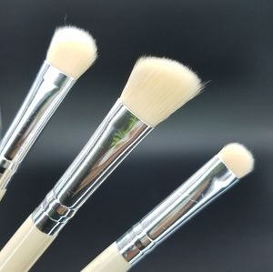 *NEW*  eyshadow brushes